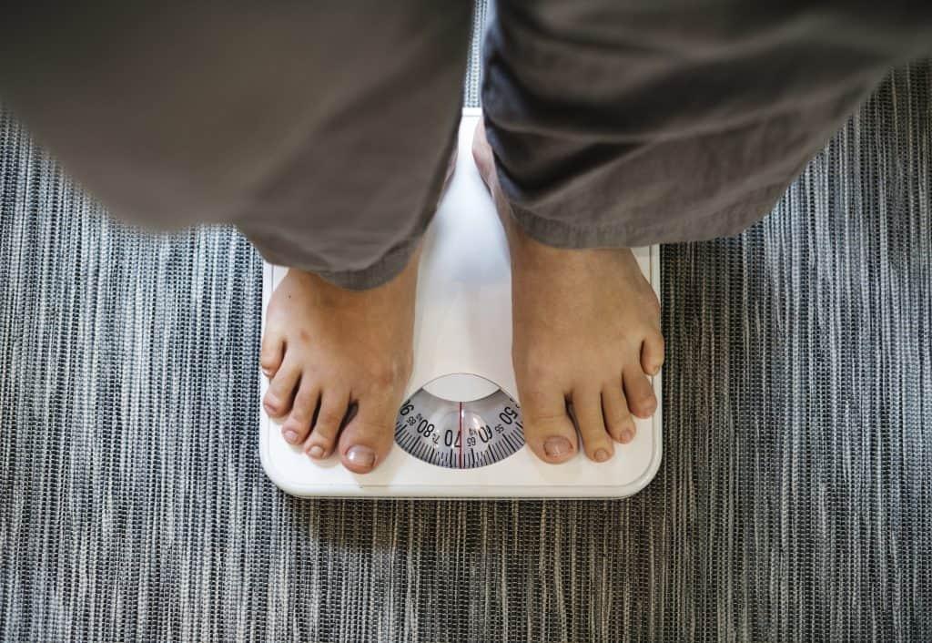 dieta keto spala tłuszcz dzięki niej chudniesz